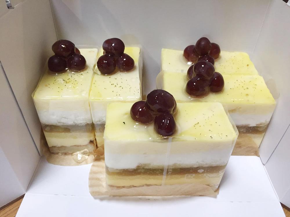 神宮寺ぶどうとすっきりレモンのケーキ!
